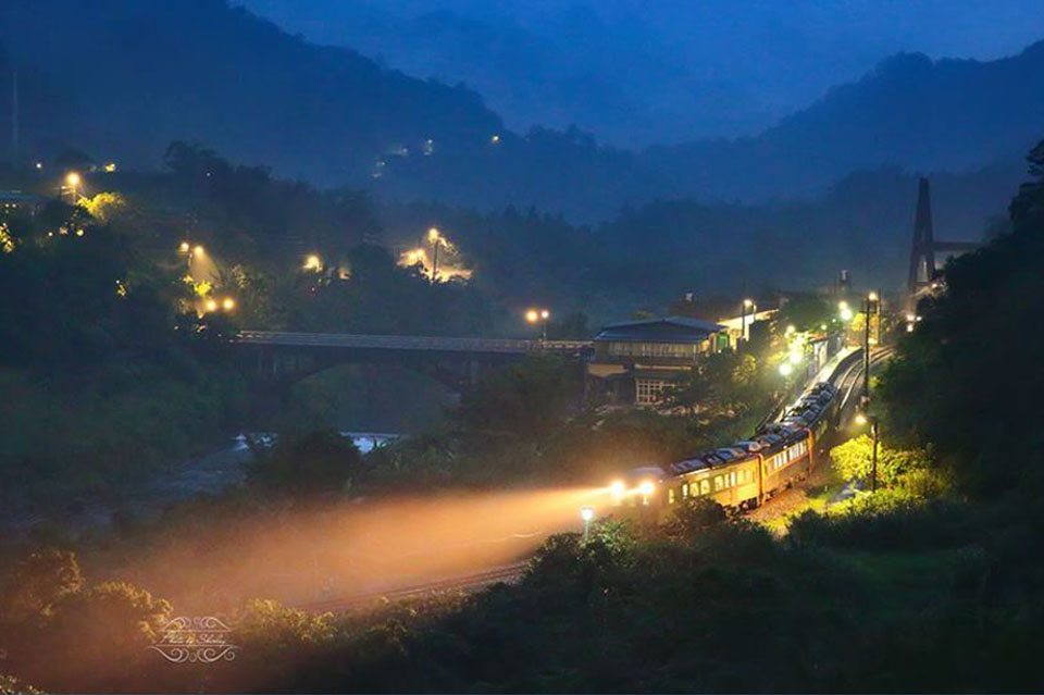 AIR UV/望古車站 Photo by Shirley Wung