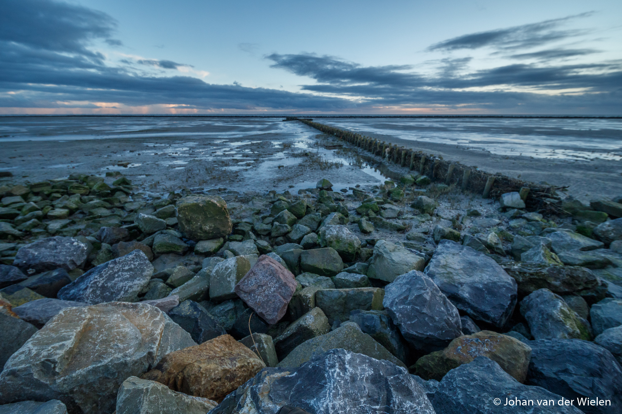 12mm-F2.8/ Photo by Johan van Wielen